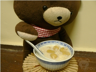 万圣节甜品-豆浆木耳地瓜冰片糖汤圆+宫廷桂花糕