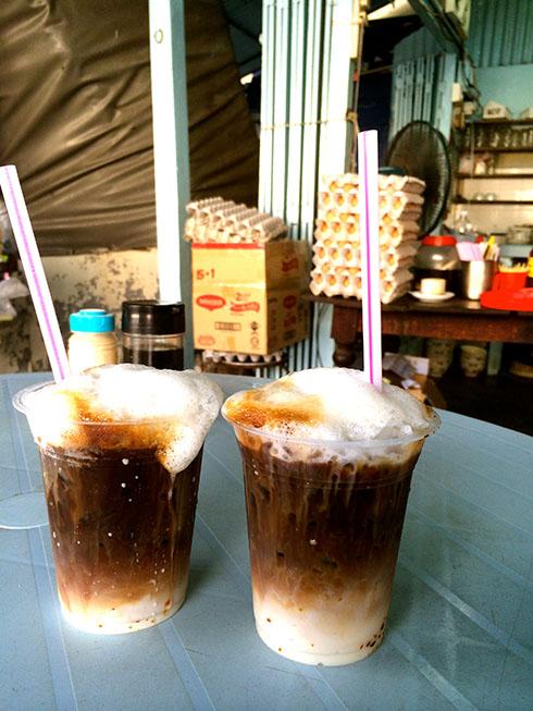 树荫下的小店 - 简单的食材,非凡的美味: Kopi Peng Special