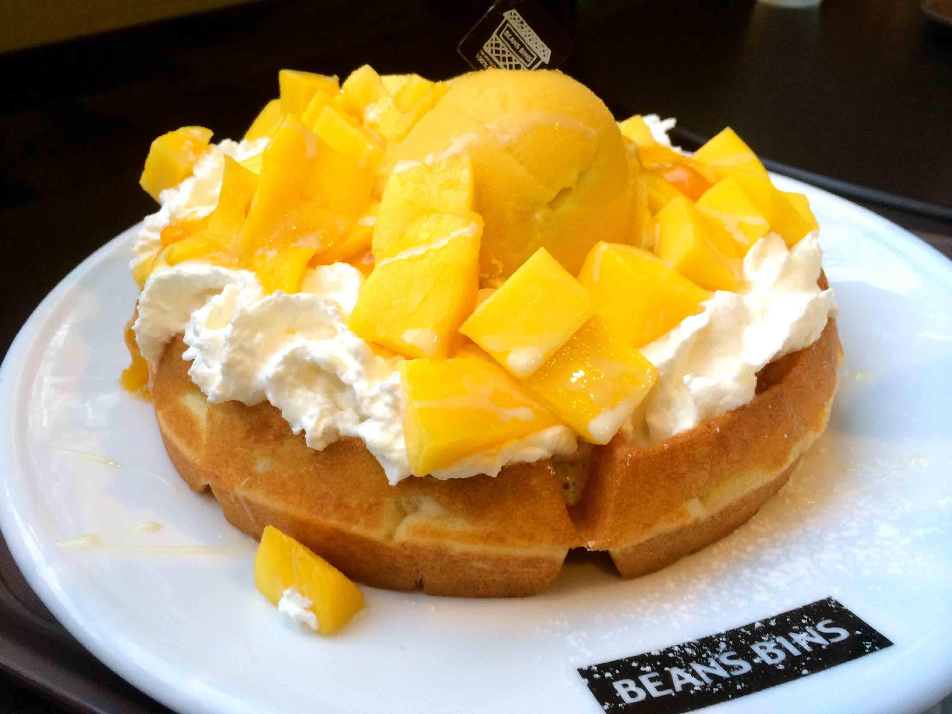 (Seoul) 首尔的秋天~BeansBins下午茶 ~芒果Waffle