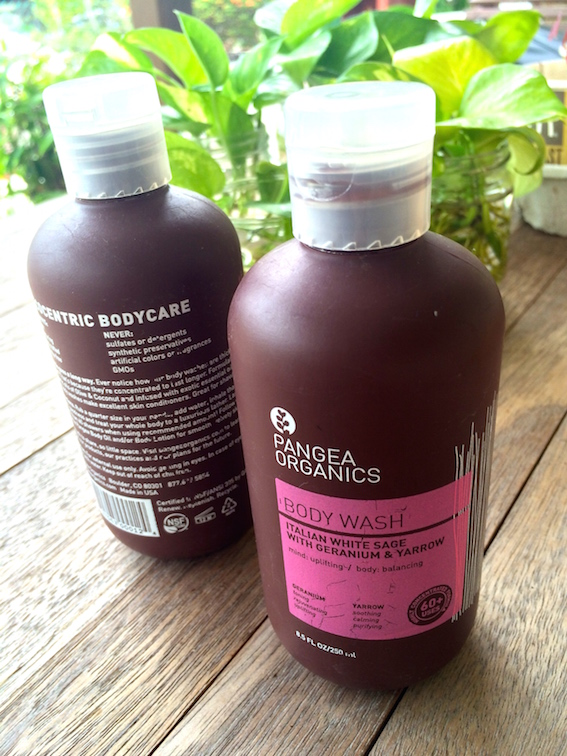 温暖时光:Pangea Organics 的天竺葵精油的淋浴露,Italian White Sage with Geranium & Yarrow Body Wash