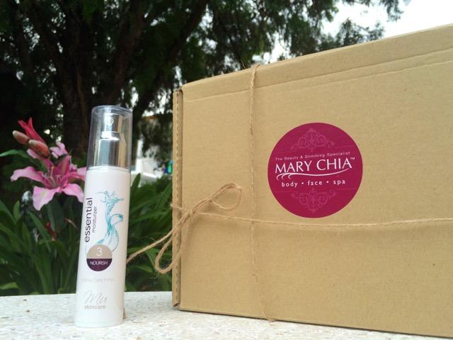 MU Essential 三度水凝霜 : 收到了Mary Chia送来的礼物