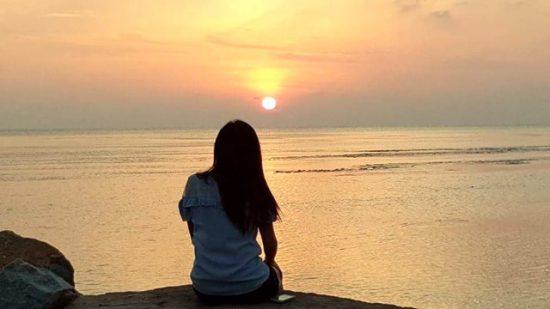 坐在天涯海角送夕陽是我的夢想